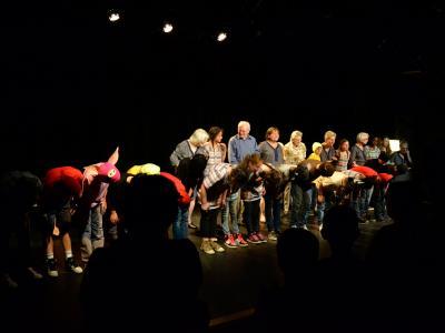 Atelier théâtre en Ehpad et Ecole primaire